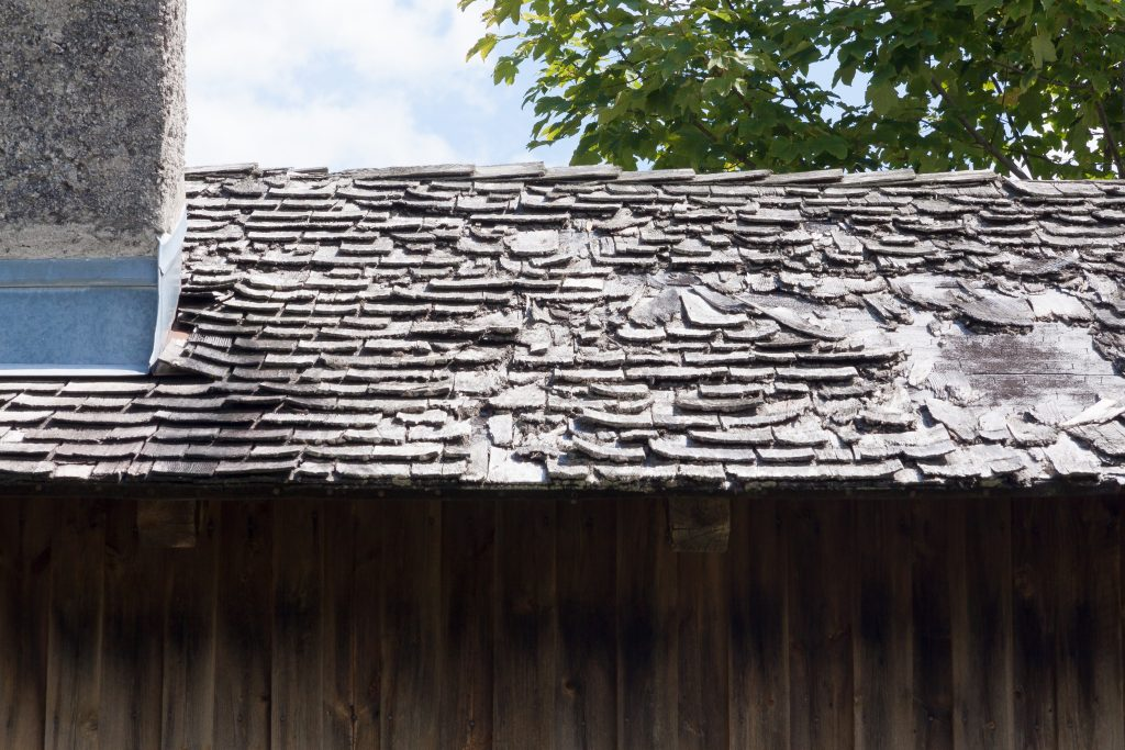 top 10 signs your roof needs repair